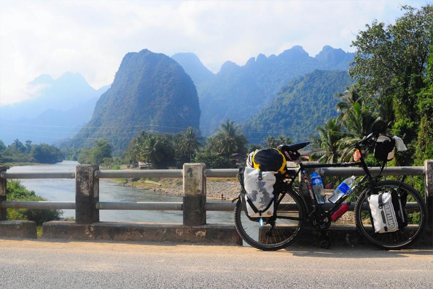 CYCLING  NORTH  VIETNAM