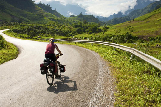 BIKING 11DAYS 10 NIGHTS SAIGON - HA NOI